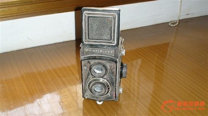 老珠江牌黑白照相机