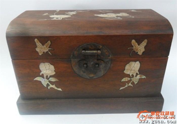 一个老木头盒子手工制作工艺精美贝壳镶嵌超漂亮值得收藏