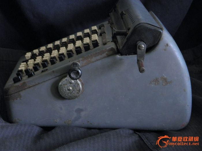 中国第一代手摇式计算机图片