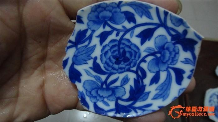 清代康熙翠毛蓝缠枝牡丹纹青花碗底标本