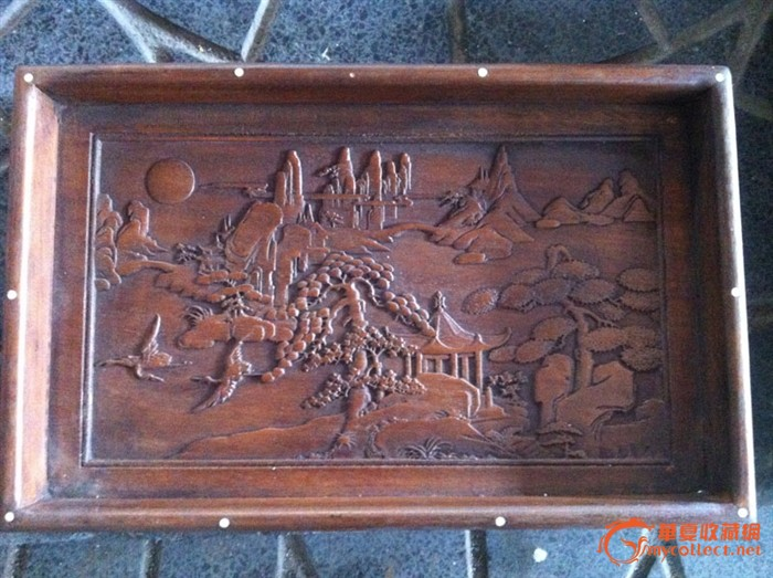收来的花梨木农村珍藏收来的花梨木贝壳镶嵌浮雕山水果盘