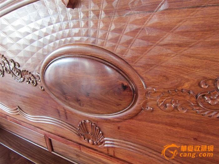 花梨木欧式现代床