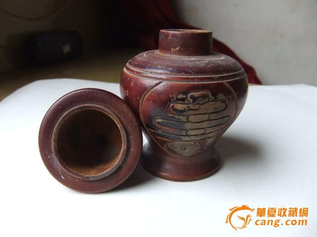 木头花瓶[可能以前人里面放针]