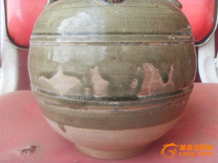 50--60年代帽桶 大清乾隆制.豆青釉刻龙纹