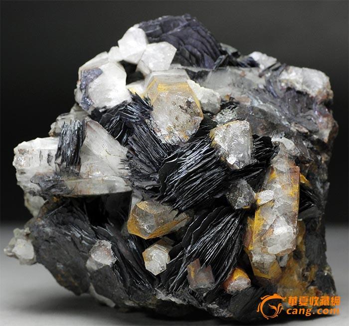 水晶镜铁矿共生矿物晶体标本