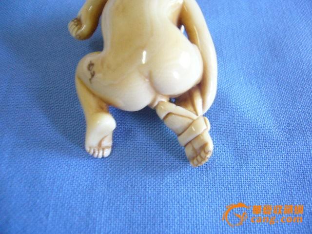 裸体囹�a�)��