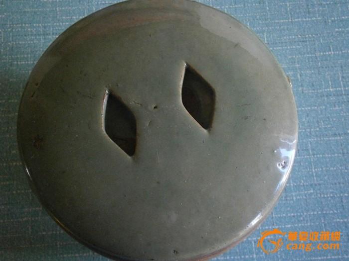 豆青釉盖罐一个 图2