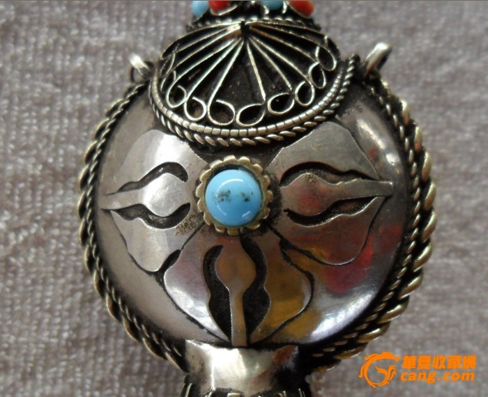 西藏民族收藏品尼泊尔纯手工白铜鼻烟壶