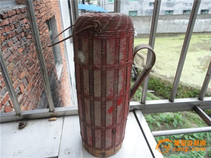 竹编织的暧水瓶外壳图片