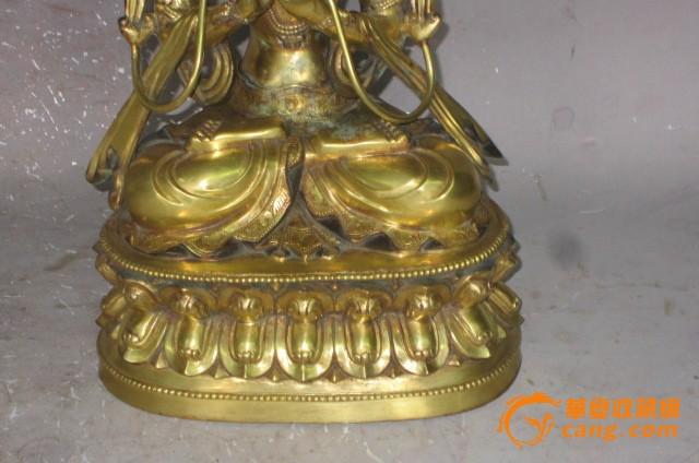 明代永乐时期铜鎏金佛像