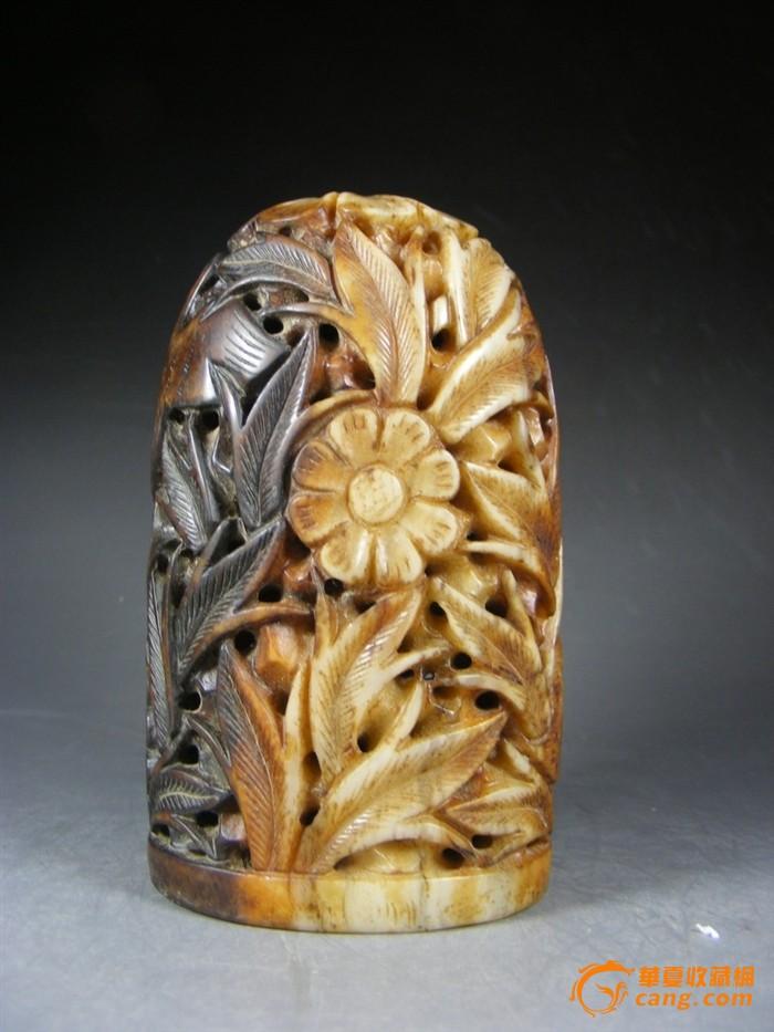 圆雕镂空花卉鹭鸶和田白玉带沁色大炉鼎一个