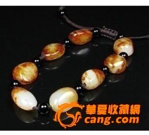 油润枣红皮和田玉籽料精雕原石手链