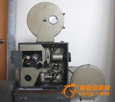 电影放映机,解放103-a,机头一个,片盒一对,两个原包装