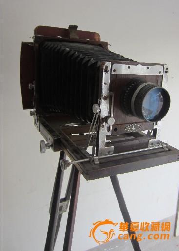 """""""灯塔""""牌三角架折叠外拍照相机,基本完整,使用正常.有一"""