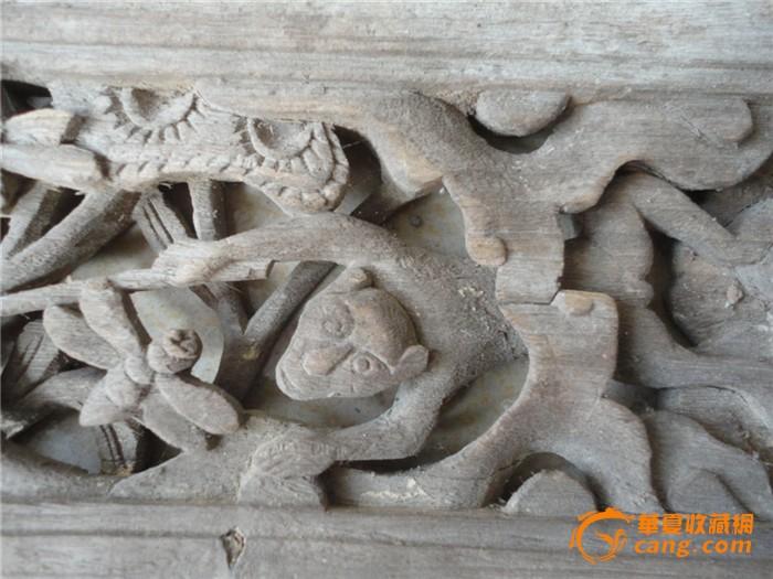 一块木雕小花板