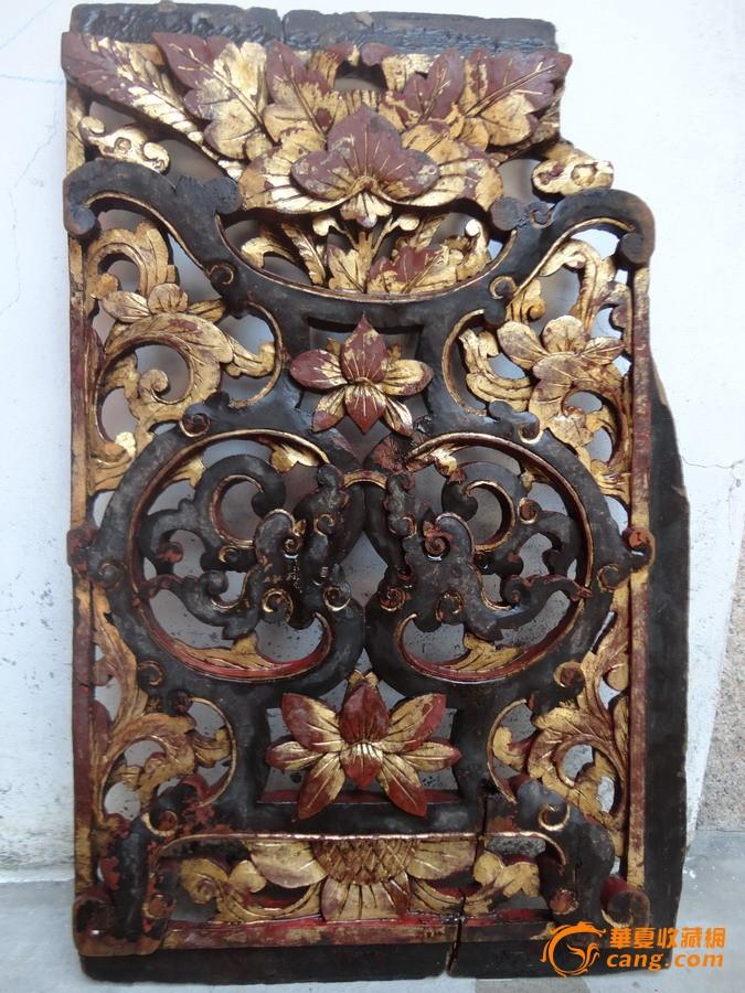 潮州木刻:清樟木雕双龙拱花瓶盛牡丹芙蓉花漆金屏窗