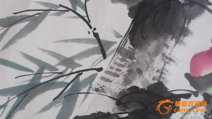 国画牡丹画,还有竹子,蜜蜂等,2000年原来在玻璃框里的