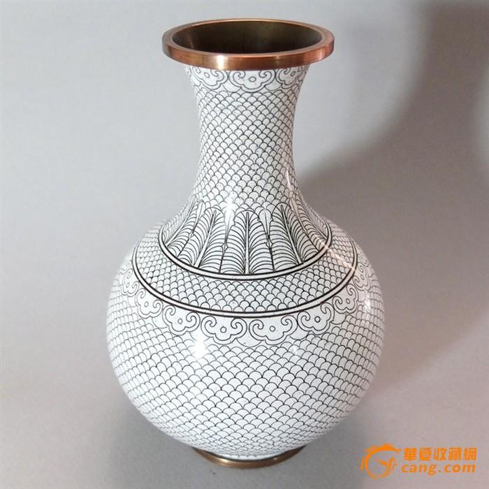 龙鳞纹景泰蓝花瓶