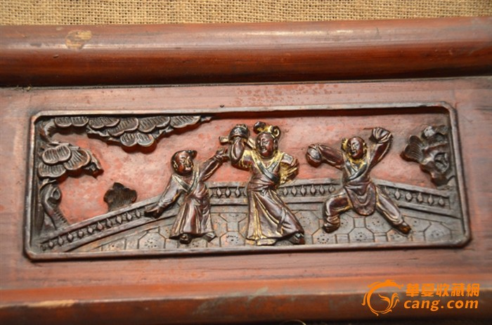 一件清代精雕吉祥人物老木雕花板