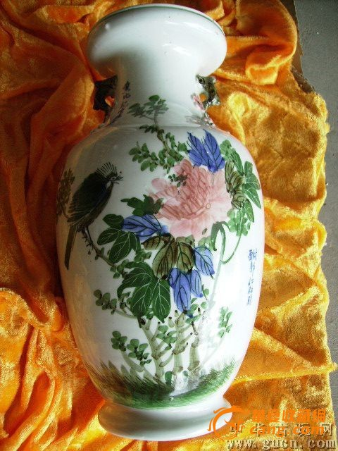 孔雀民国双旗铜花瓶