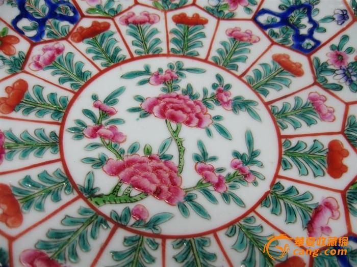 雍正款粉彩花卉绘画大盘图3