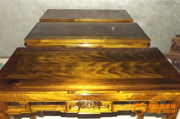 楠木乌木极品老料镶金丝面板四平案\桌几家具点石图片