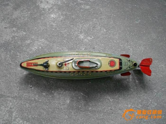 日本产铁皮潜水艇玩具