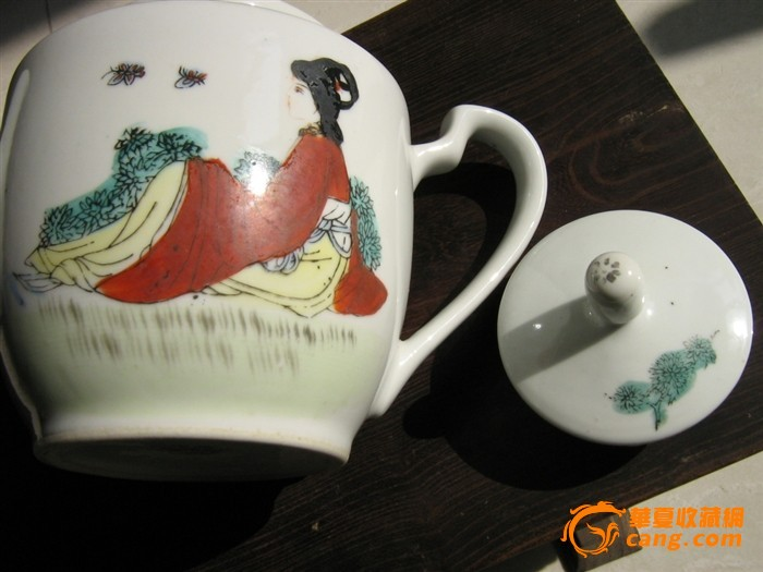 手绘人物茶壶(文革)