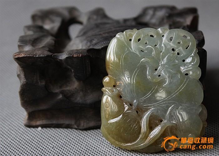 七八十年代 冰糯种 手工细雕翡翠 挂牌 工艺精湛