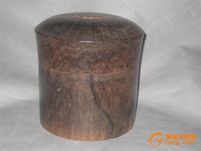 清早期馒头顶紫檀朝珠盒图片