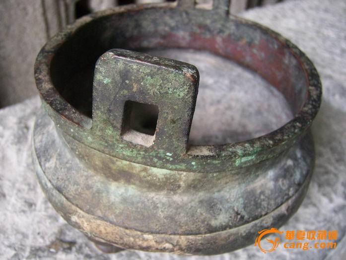 清代三脚铜香炉