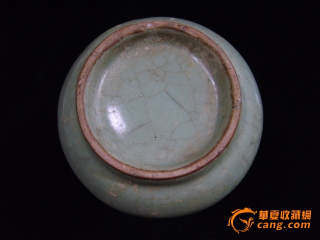 元代龙泉青瓷长颈瓶