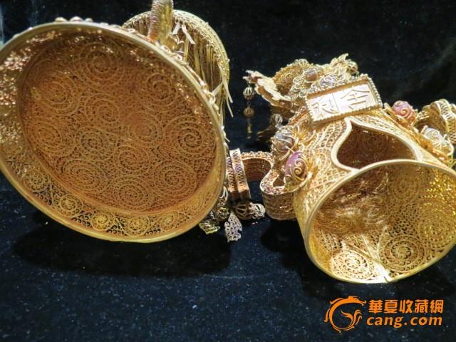明代银鎏金掐丝骧宝石舍利塔
