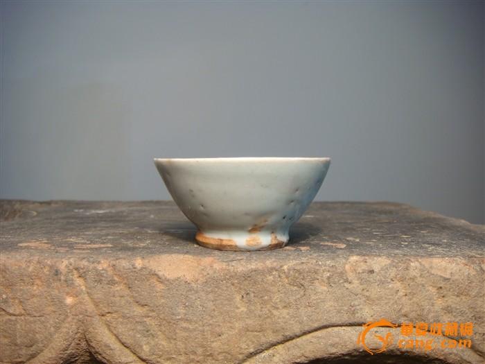 单色釉小茶杯