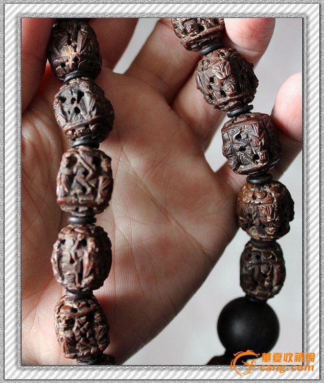 核雕珠子配翡翠佛塔