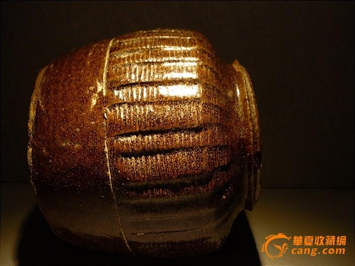 宋代-出土-多轮-酱釉罐《罐内也是满花纹的》