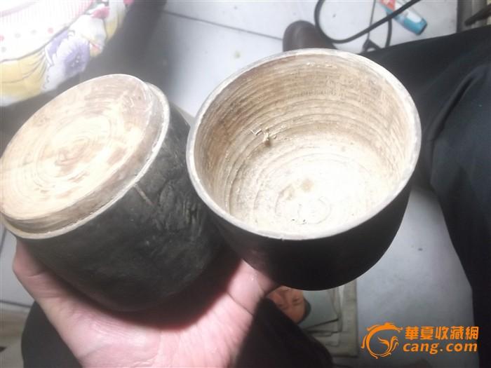 少见的清代双层木瓶子(全品)