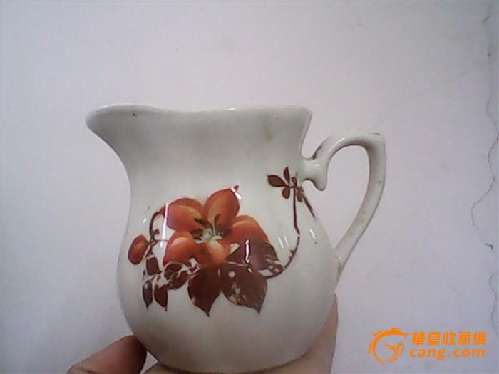 文革瓷器手绘牛奶杯