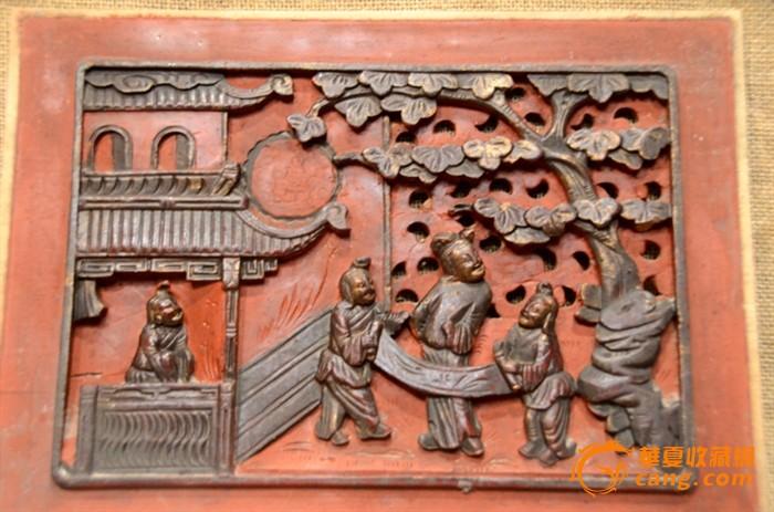 一对清代精雕庭园人物老木雕花板