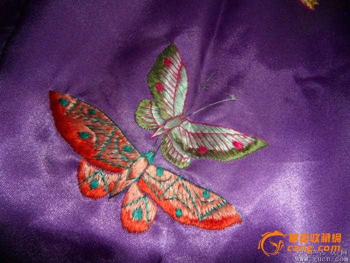老刺绣蝴蝶衣服一件