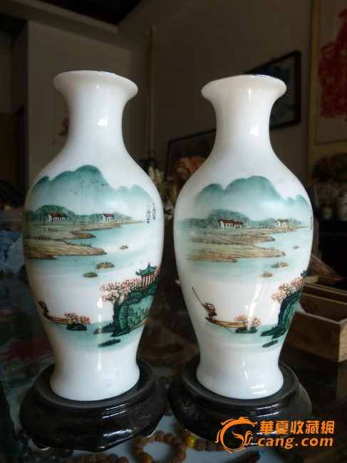 滑石瓷手绘小花瓶一对
