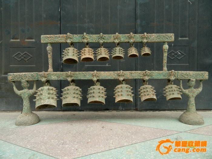 出土的战国青铜器编钟
