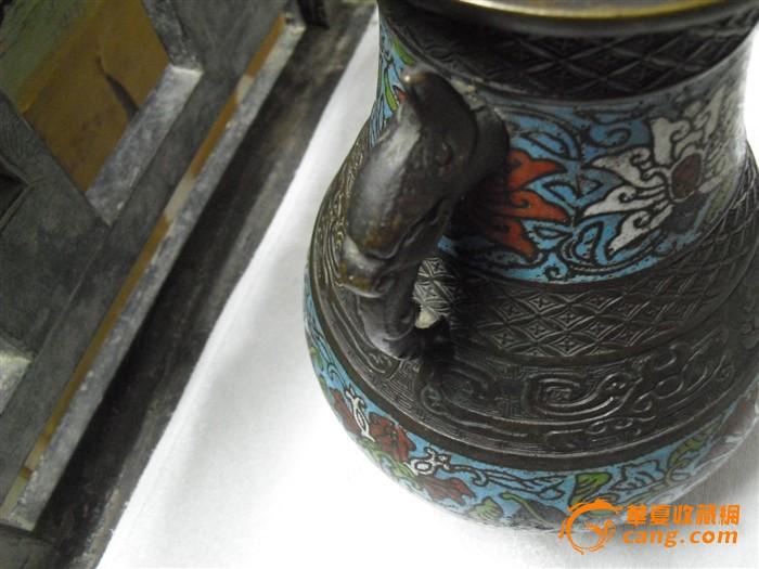 清代铜胎掐丝珐琅双耳瓶