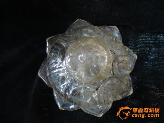 一只水晶舍利塔图2