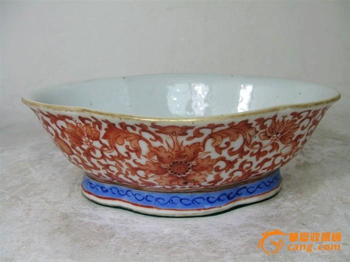 清代矾红福寿绘画海棠供碗