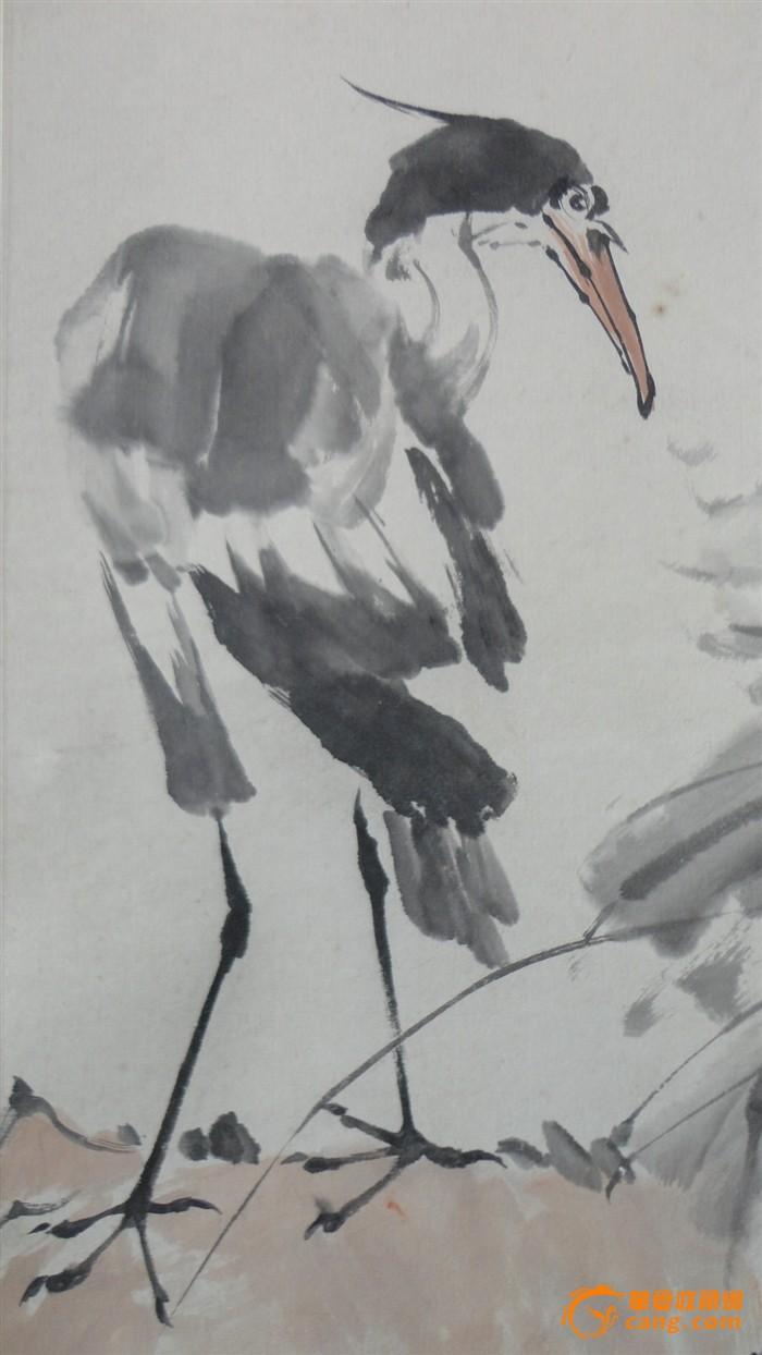 他笔下的白鹅丰腴肥硕十分可爱.雄鸡则昂扬挺俊,,有强烈活力.
