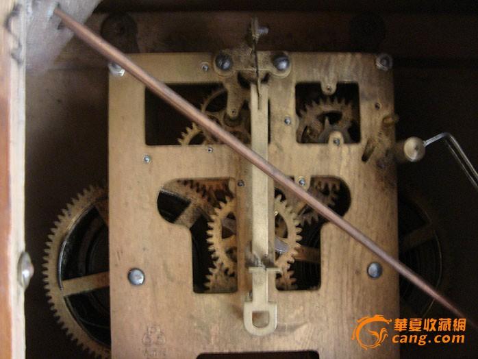 1954年中国钟表厂555牌机械钟