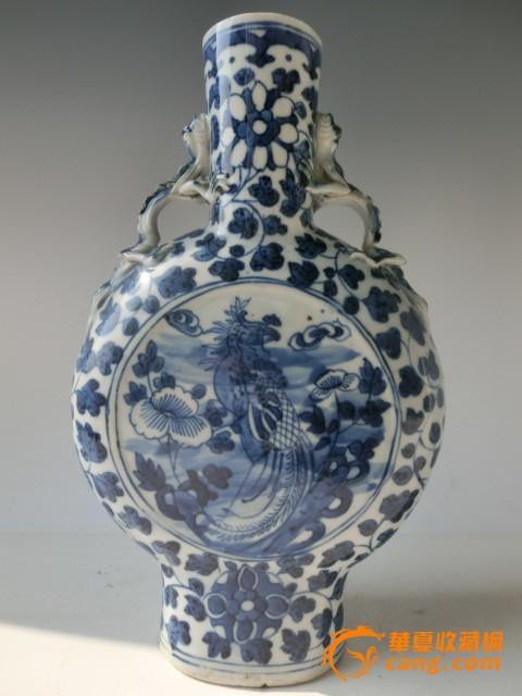 手绘花瓶清代康熙青花瓷抱月瓶子