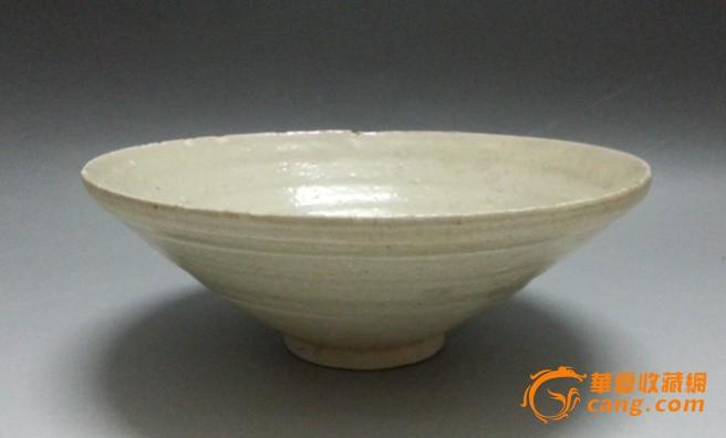 宋代黃白釉斗笠形大瓷碗