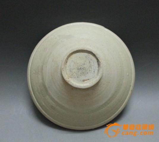 黃白釉斗笠形大瓷碗